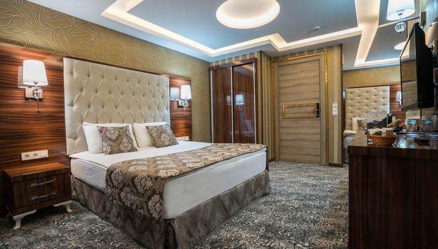 غرفة تيروفيت الجناح الملكي